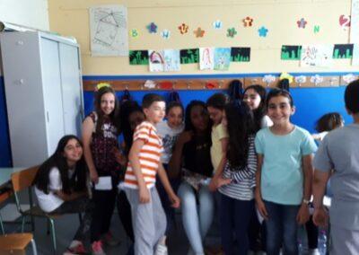 Giugno 2018- I ragazzi del CARA di Mineo in visita alla nostra Scuola per provare insieme i canti della giornata mondiale del rifugiato3